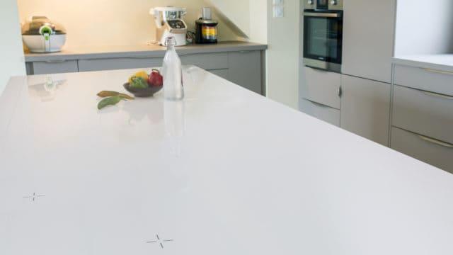在欧凯厨房展示案例中,灶面(又称烹饪用具)实现了惊人的改造成果。